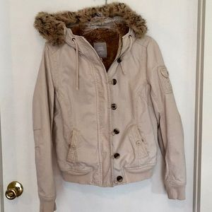 Old Navy coat with faux fur